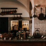 飲食店厨房機器中古価格の設定方法とは?|造作価格とは法定耐用年数とは?